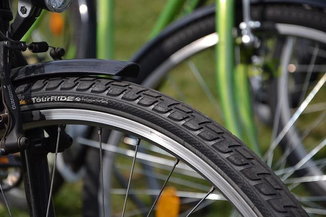 seodigg.fr-Crevaison de vélo la calamité des écotouristes