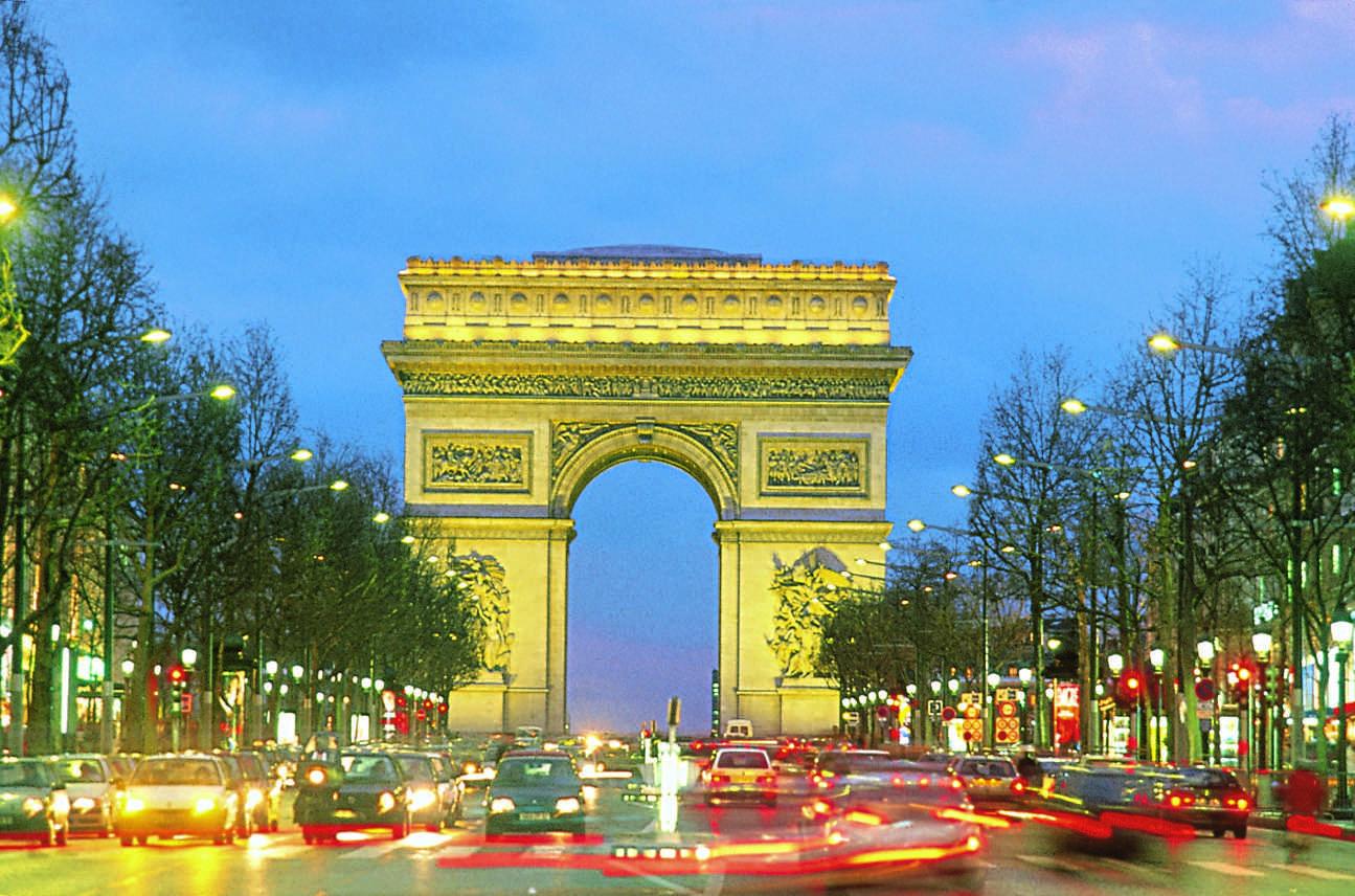 Voyage paris quels moyens de transport choisir pour for Piscine des amiraux paris