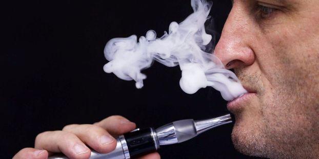 La-cigarette-electronique (1)