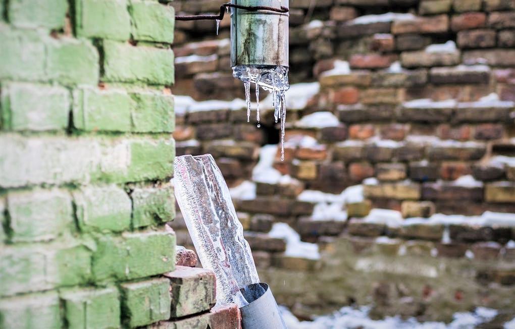 Comment éviter la formation d'un gel au niveau des canalisations en hiver