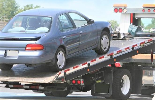 Service de remorquage et dépannage de voiture en 3 clics