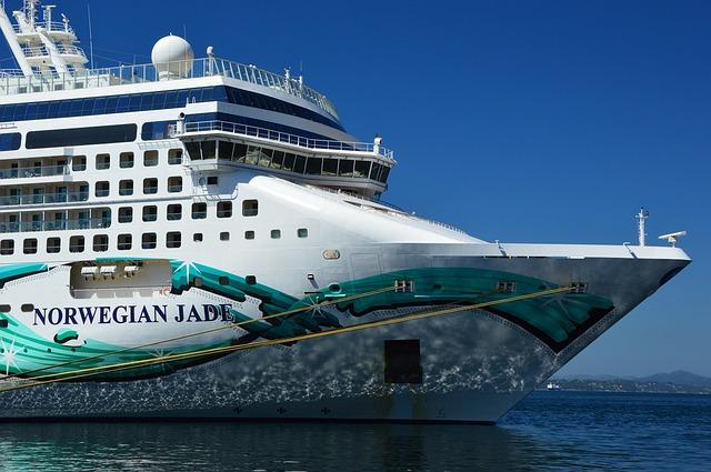 cruise-ship-3669943_640
